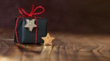 3 Great Income Buys for the Holidays