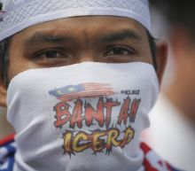 Big rally by Malaysia Muslims calls for upholding privileges