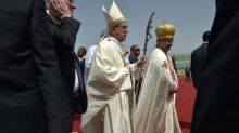 Pope in Egypt rejects fanaticism, urges charity