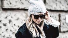 Cómo combinar el bolso maceta, el inesperado 'it bag' del momento