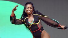 Cantora Iza pega virose e cancela série de shows que faria em Brasília e no Rio de Janeiro
