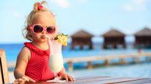 Les enfants qui goûtent de l'alcool sont plus susceptibles de boire beaucoup à l'âge adulte