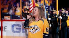 Kelly Clarkson Lowers The Boom On Jerk Who Calls Her 'Fat'