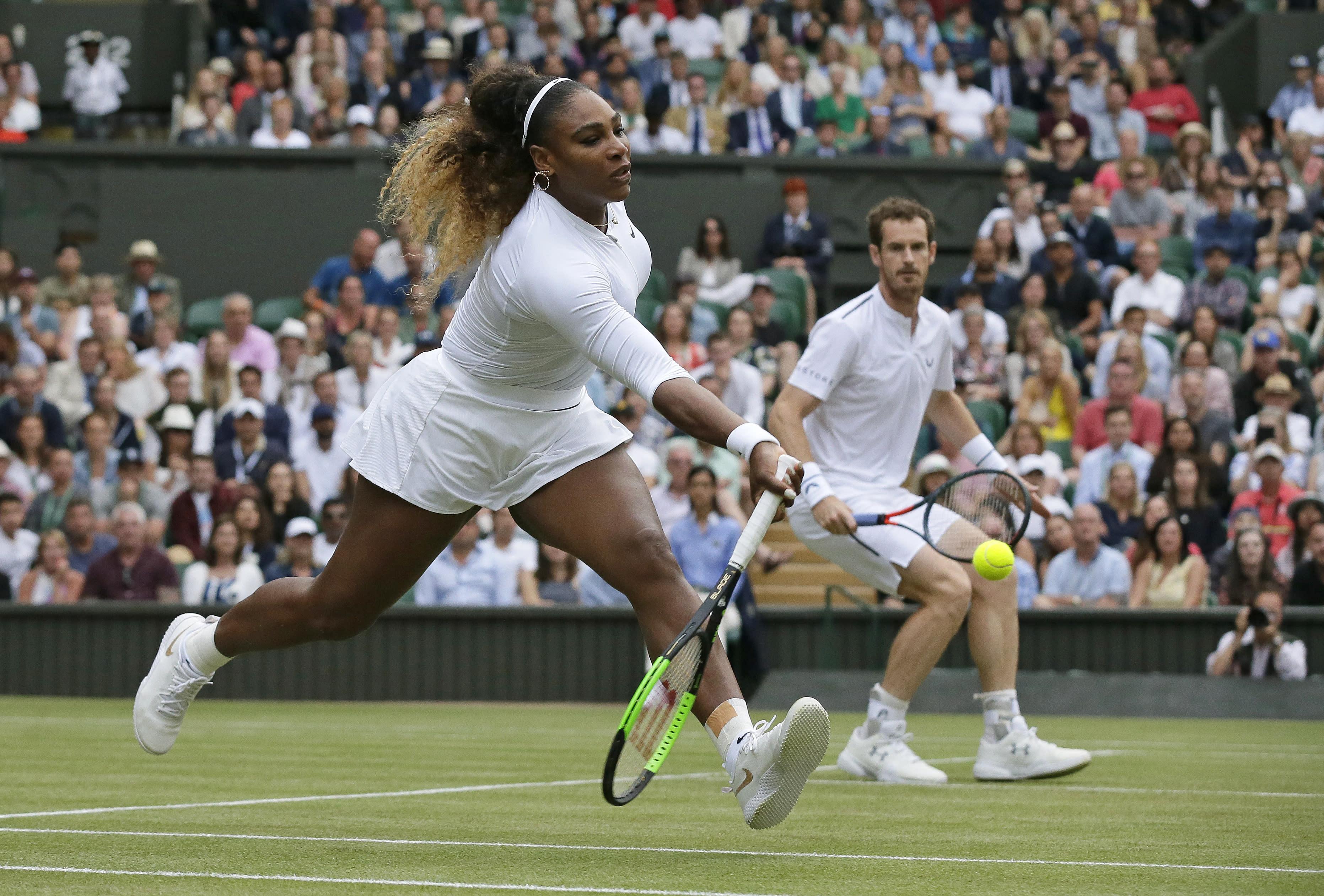 Gauff loses at Wimbledon, while Williams wins again