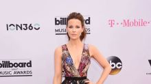 Kate Beckinsale Gives Red Carpet Realness. 2 Words: 'Itchy T**s'