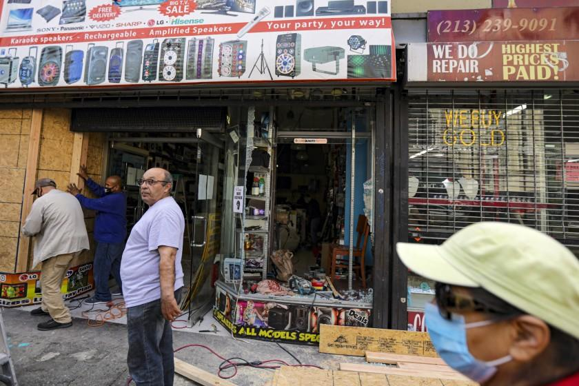 Is looting covered by insurance? Depends on the business