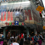 The Toys R Us bankruptcy is clobbering 3 giant asset managers
