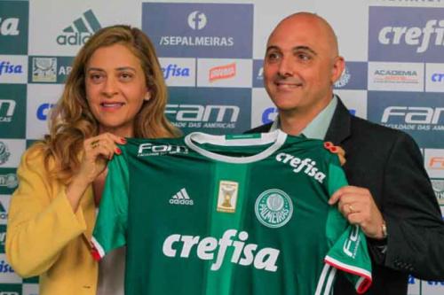 Dono da Crefisa admite que poderia pagar menos ao Palmeiras, mas diz: 'Vale a pena'