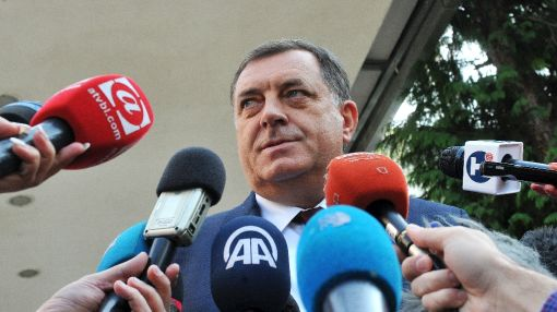 Bosnian Serb leader makes demand over summons