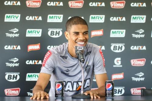Leonardo Silva espera duelo difícil contra o Botafogo