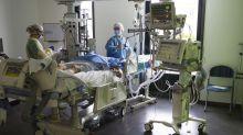 Coronavirus : 42.960 morts en France, nouvelle hausse des réanimations