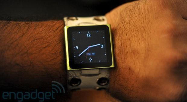 Bloomberg: 100 people are working on the Apple watch