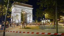 Paris attack: Foreign Office issues new travel warning for UK visitors to France