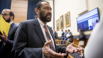 House blocks Trump impeachment resolution