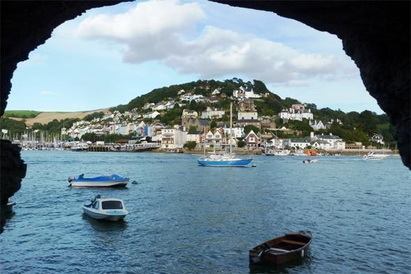 "<p>Catch crabs on the embankment, join in the annual Crab Festival or take a walk from <a href=""http://www.southwestcoastpath.com/walksdb/40/"" target=""_blank"">Little Dartmouth to Dartmouth Castle</a> on a characterful walk with lovely views from the cliffs, the castle and the beautiful River Dart. There are regular shore walks led by marine biologists in the area too. <strong>Best for: Seafood lovers.</strong></p>"