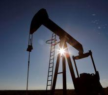 Oil falls $1/bbl as resurgent pandemic prompts worries about U.S. demand