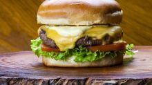 Receita de hambúrguer caseiro de dar inveja a qualquer lanchonete