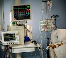 Why some doctors are moving away from ventilators for virus patients