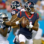 'Swarm AI' Predicts a Big Fantasy Football Season for Deshaun Watson