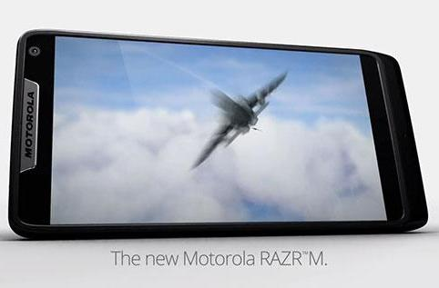 Motorola bringing RAZR M to Europe with Intel mobile chip