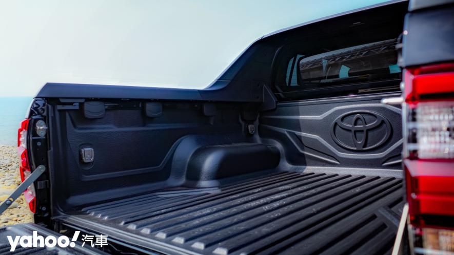 萬鈞之勢要輾壓的不只是惡地!2020 Toyota Hilux 2.8小改款西岸濱海試駕! - 12
