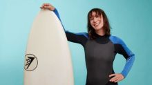 Fit in my 40s: indoor surfing with a tutor like an Aussie soap star. I'll kill it, right?