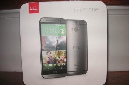 New HTC One sold on eBay in Verizon packaging for $500