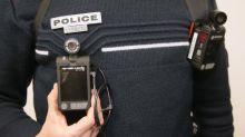 """Le port des caméras-piétons sera généralisé """"pour le 1erjuillet 2021"""" dans la police, annonce Gérald Darmanin"""