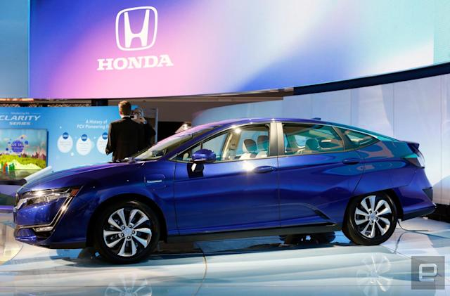 Honda tries salvaging the Clarity with electric, hybrid options