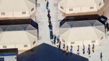 Trump quer mudar lei para manter pais e filhos juntos até deportação
