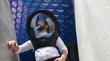 Corona-Helme: Sieht so unsere Zukunft aus?