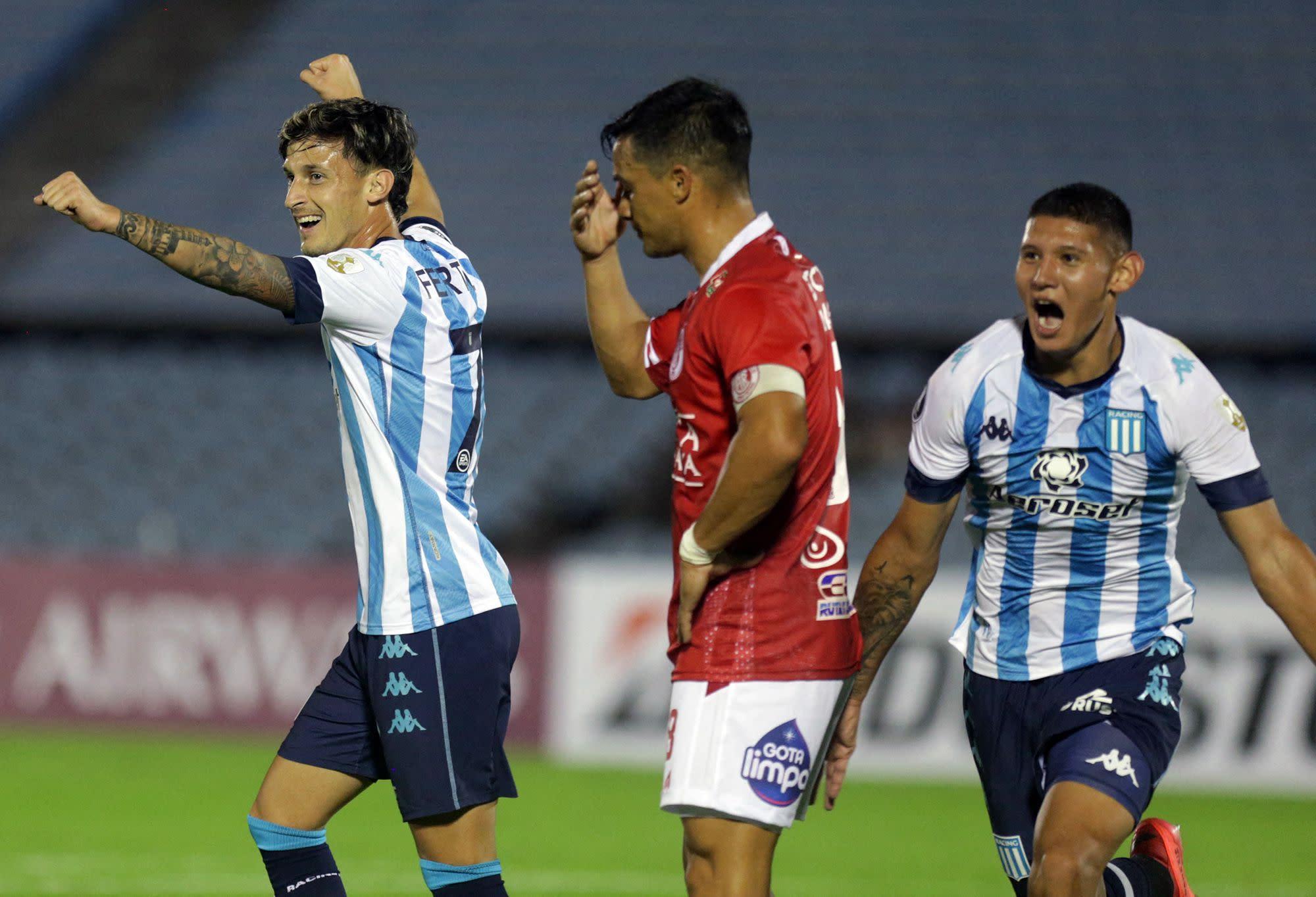Racing esquivó una derrota que podía marcar su destino en la Copa  Libertadores, pero no puede disimular su mal rendimiento