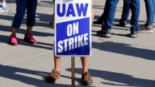 UAW calls Thursday meeting to update union leaders on GM strike talks - sources