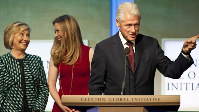 Clintons Raise Over $1 Billion in Two Decades