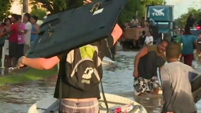 Mexican Tourists Stranded by Deadly Tropical Storm and Floods