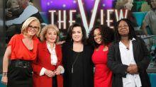"""Jenny McCarthy arremete contra compañeras de """"The View"""""""