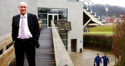 Rugby - FFR - Bleus - Le président de la FFR, Bernard Laporte, ira «jusqu'au bout» de son idée concernant les contrats fédéraux