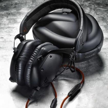 Engadget Giveaway: win a pair of V-Moda CrossFade M-100 headphones!