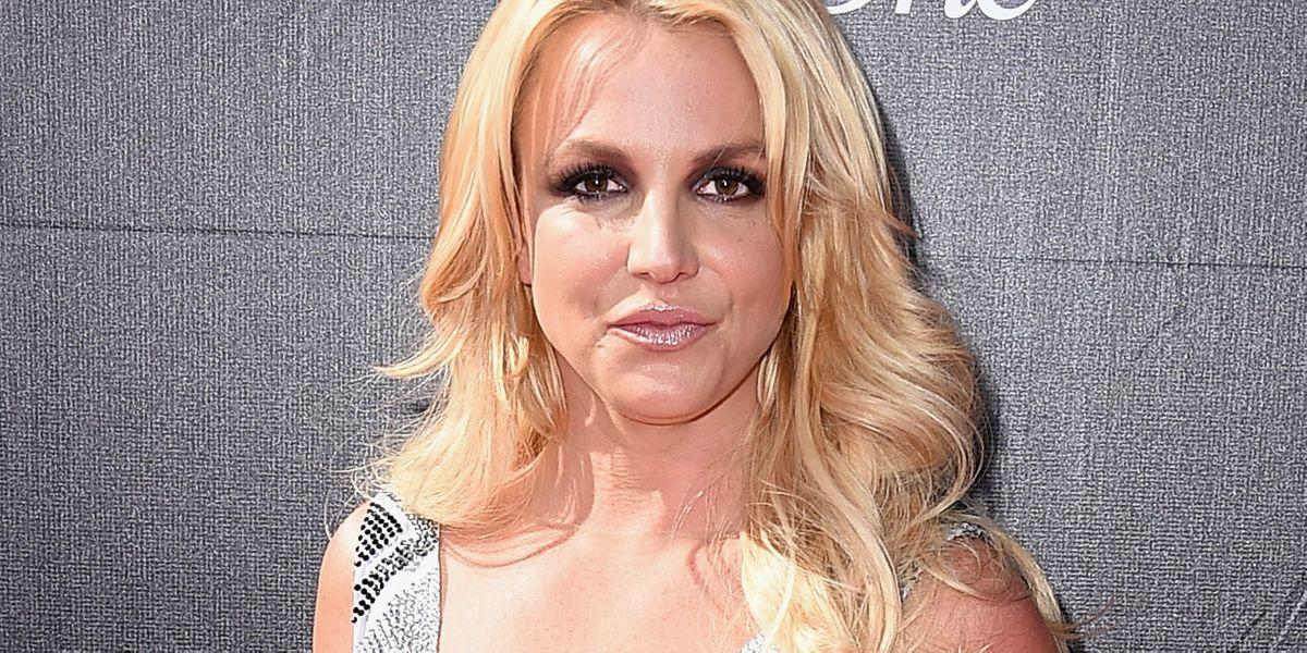 Britney Spears Calls Out Her Father And Sister In Another Scathing Instagram Post