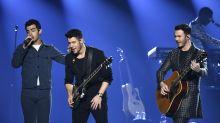 Jonas Brothers adia vinda ao Brasil