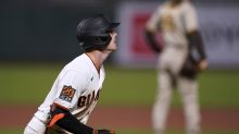 Giants rally on Yastrzemski's 2nd HR, walk off with 7-6 win