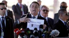 Brazilian media boycott Bolsonaro residence due to harassment
