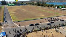 Baixo público em cerimônia da Independência com Bolsonaro chama atenção