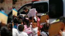 Policía al que niños pedían autógrafo fue atacado por hombres armados en Léon, Guanajuato