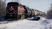 Alberta Drillers Near Deals With Railroads, Potentially Easing Oil Logjam