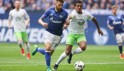 Bundesliga: Schalke besiegt desolates Wolfsburg