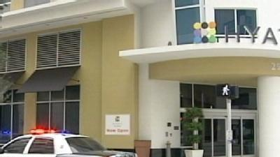 Gunmen Rob Jewelry Courier At Hyatt Place