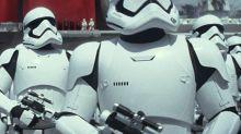 Ator de 'Star Wars' diz que príncipes William e Harry gravaram participação em 'Os Últimos Jedi'