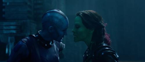 Nebula and Gamora, Guardians of the Galaxy Karen Gillan Zoe Saldana