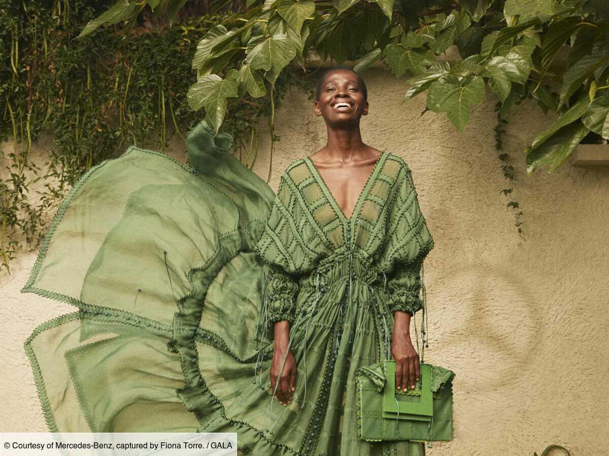 36e Festival d'Hyères  : Mercedes-Benz Sustainability Prize récompense les robes modulables de Sofia Ilmonen